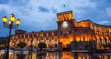 Exploring the Pink City: Yerevan City Tour