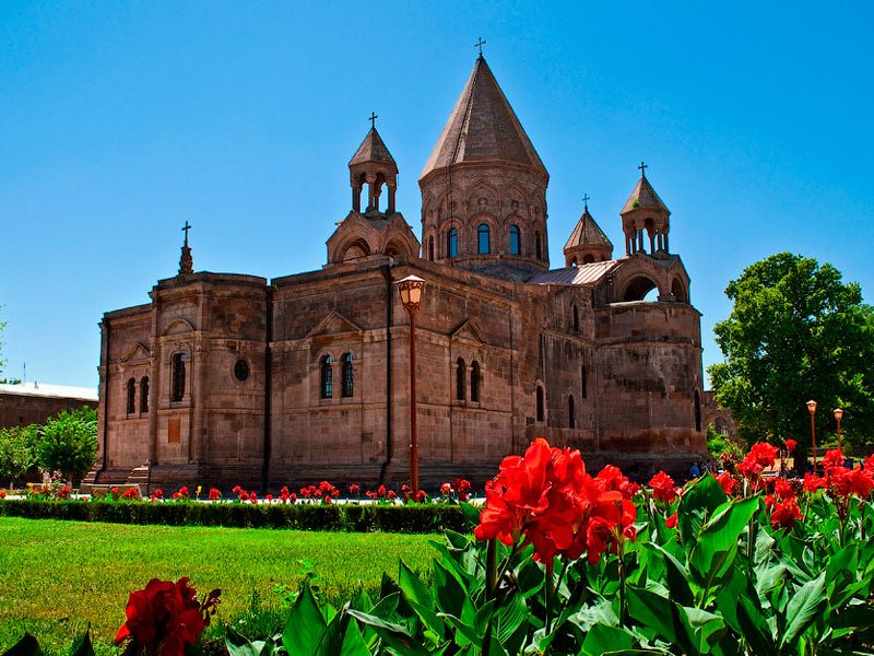 weekend tour in Armenia Biking Tour to Etchmiadzin (Hard 2*) - Feel Armenia one-day tours in Armenia