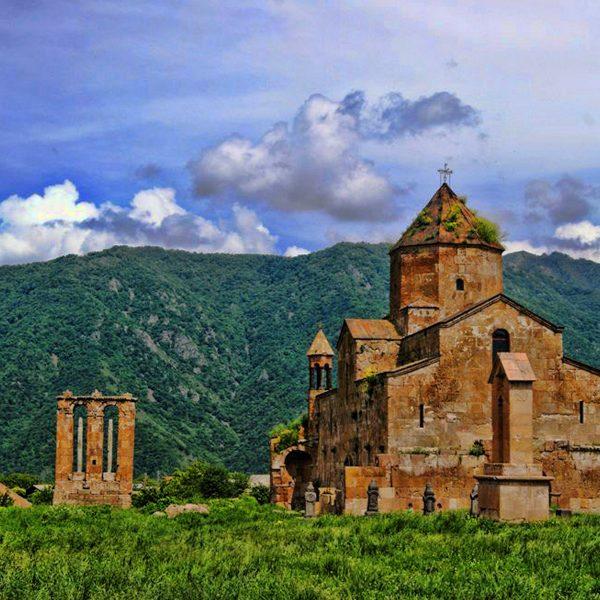 one-day trip to Sanahin-Haghpat Odzun
