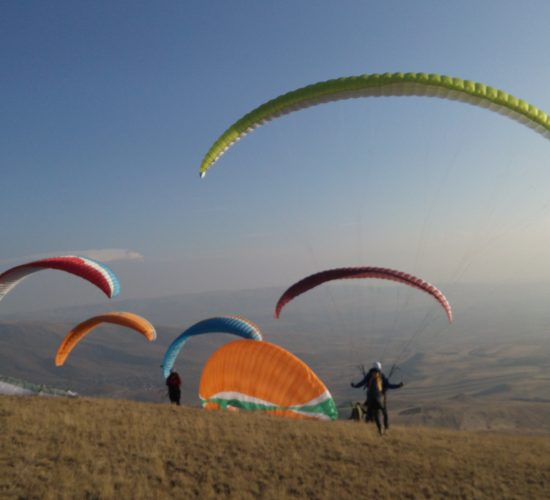 Adventure in Armenia: paragliding in armenia