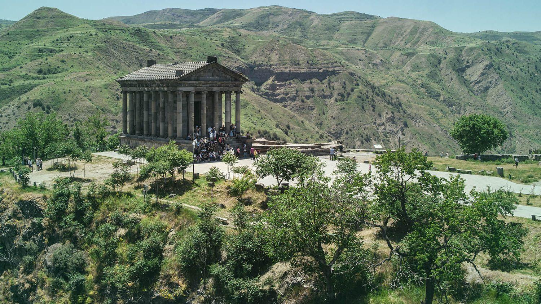One-day tour to Garni and Geghard one day tour to Garni-Geghard family trip to Armenia one-day tours in Armenia