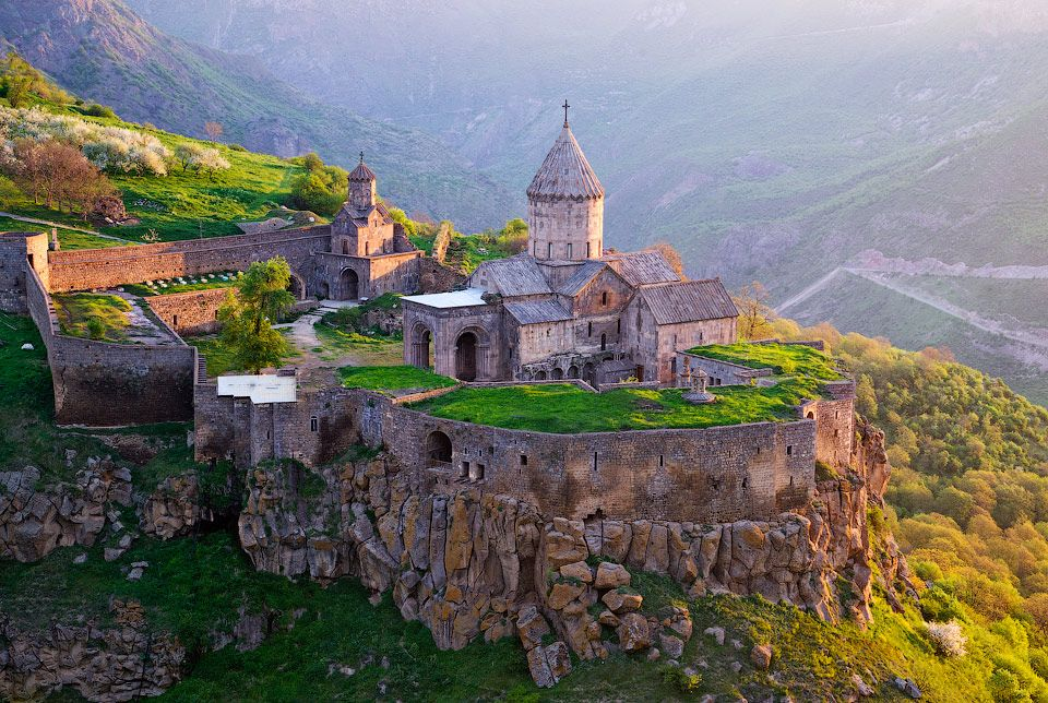 Discover Armenia One-day Trip to Khor Virap-Noravank-Tatev tours to Armenia Tour to Armenia and Georgia