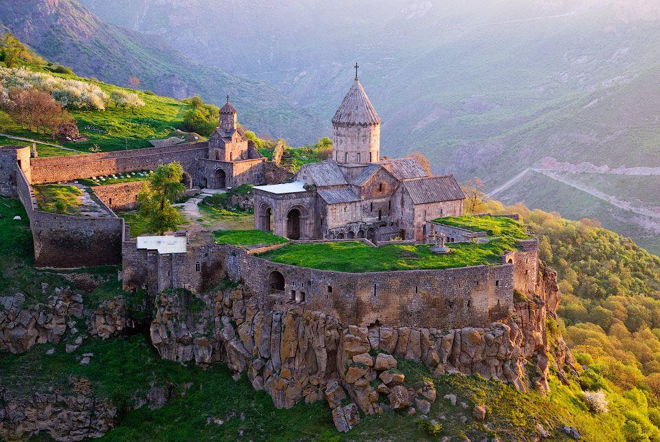 Discover Armenia One-day Trip to Khor Virap-Noravank-Tatev tours to Armenia Tour to Armenia and Georgia