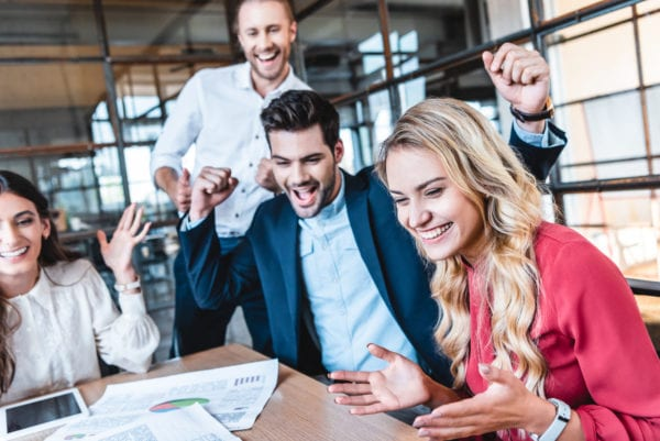 6 reasons why team building works